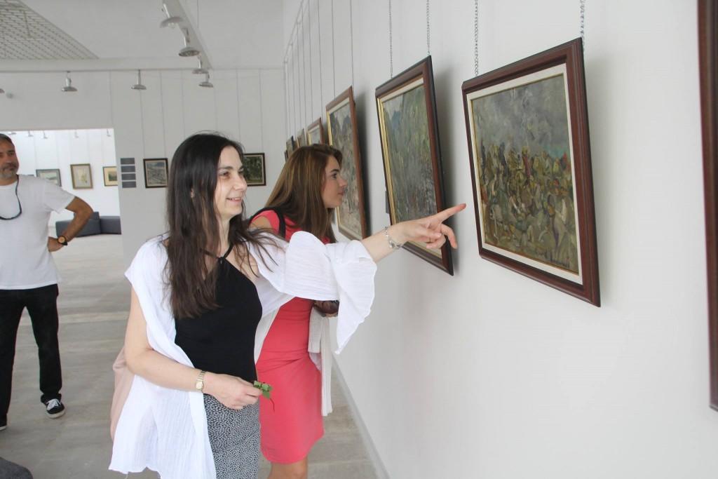 В Градската художествена галерия